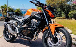 moto de moto-école à toulon