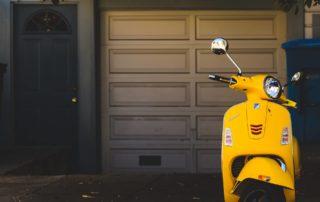 scooter jaune à toulon